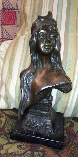Escultura de bronce maciza