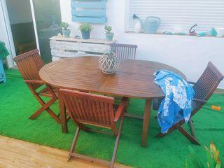 conjunto teca jardín mesa ovalada más 4 sillas. NO