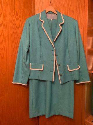 Vestido con chaqueta