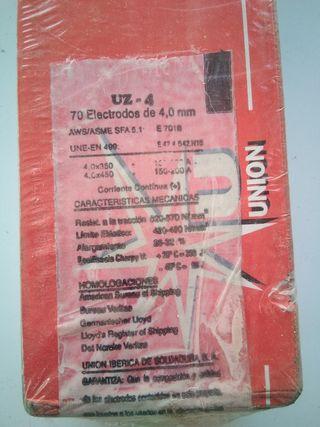 caja nueva de electrodos de 4mm