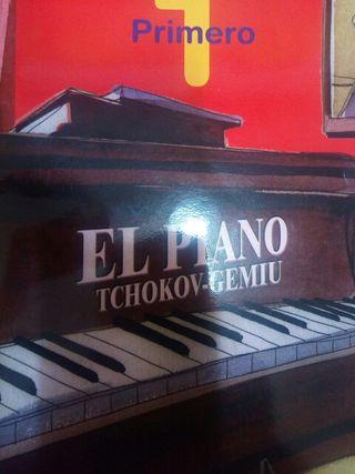 EL PIANO TCHOKOV- GEMIU (1)