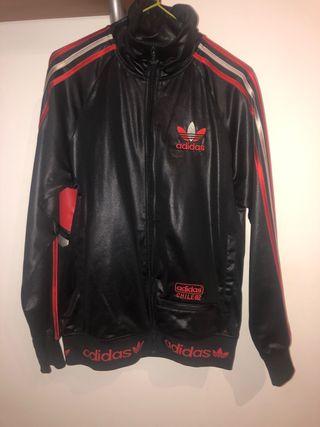 Chaqueta Adidas Chile62
