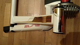 Rodillo entrenamiento Elite Cubo Fluid