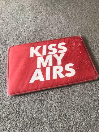 Kiss my airs sneaker mat 40X60CM