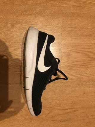 Zapatos deportivas Nike talla 37,5