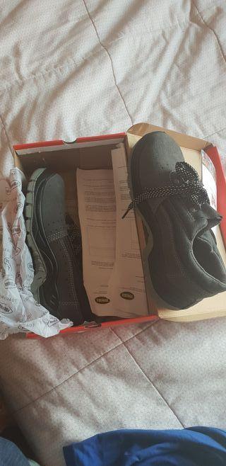 zapatillas de trabajo