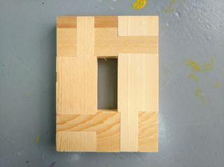 5 bastidores de madera, 16 x 14 cm.