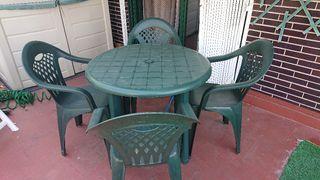 Mesa de plástico para jardín