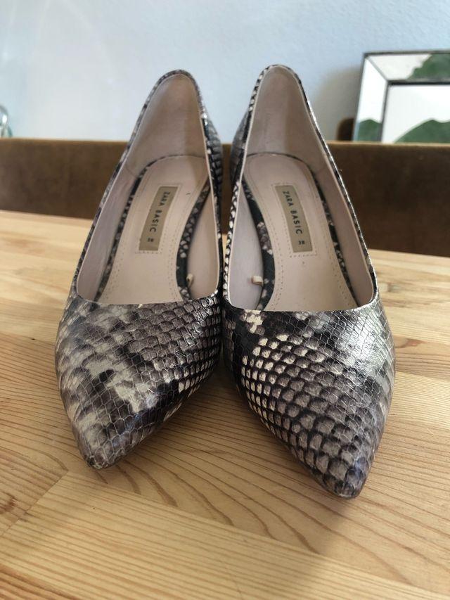 Zapatos tacón de Zara