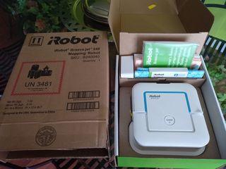 Robot friegasuelos mopa