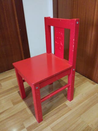 4 Sillas madera para niños o (1 silla)