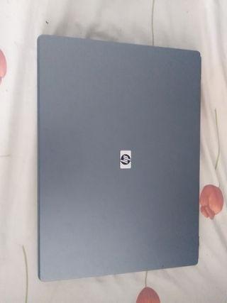 ordenador portatil HP 530