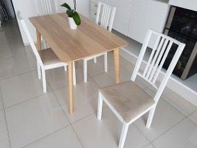 2 sillas de Comedor blancas con asiento beige