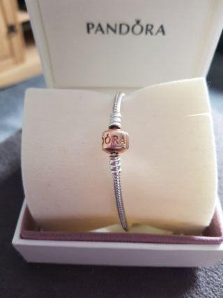 Pandora Rose gold clasp Bracelet