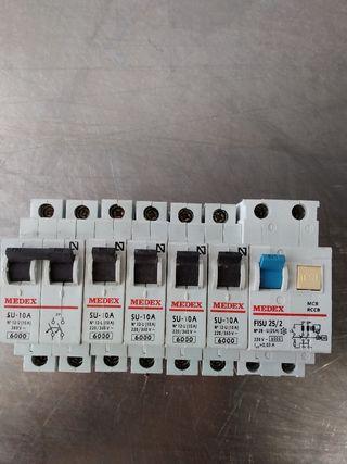 interruptores tengo dos equipos