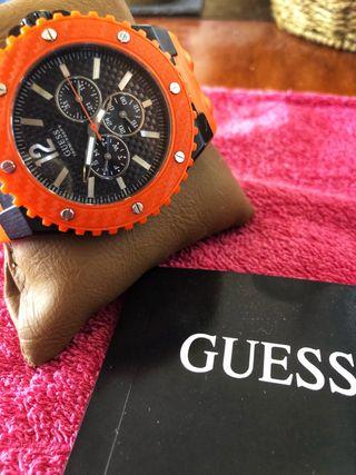 Reloj GUESS cronógrafo sumergible ORIGINAL.