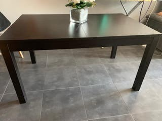 Mesa extensible con sillas Ikea incluido