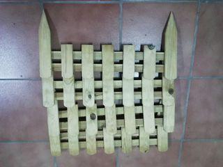 Mini vallas de madera.