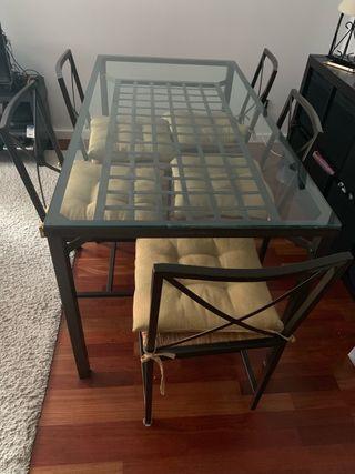 Mesa comedor y 6 sillas de Ikea