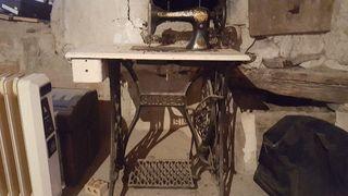 Màquina cosir antiga