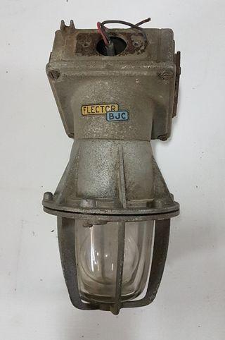Lampara antigua industrial Flector BJC