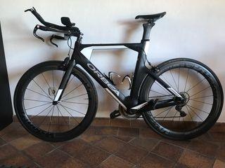 Bicicleta crono-triatlon