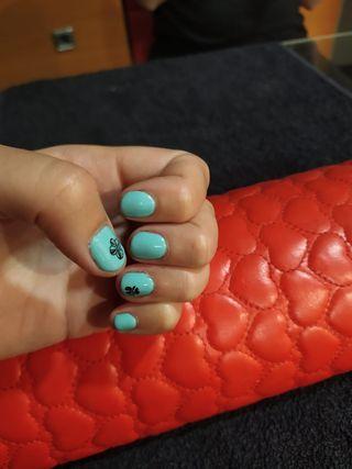 manicura i pedicura esmalte permanente