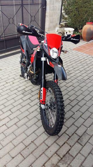 Moto Enduro UM DSR EX 125 - 4T