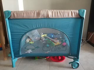 parque bebé infantil