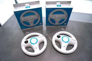 Dos volantes Nintendo Wii U Wheel originales.