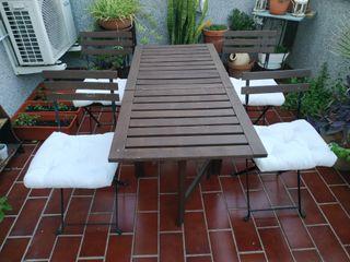 Mesa y silla jardín