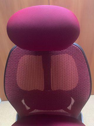 Desktop chair