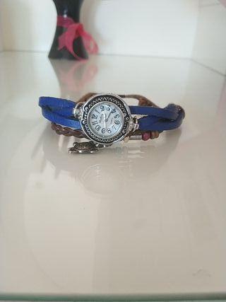 Reloj estilo pulsera