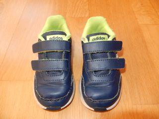 Zapatillas Adidas mujer de segunda mano por 18 € en Burgos