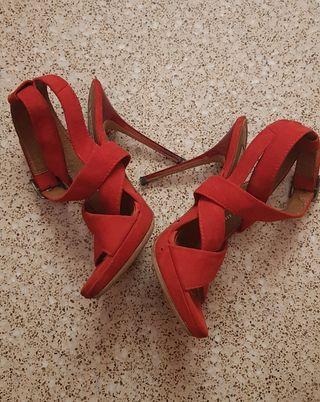 zapatos de tacón zara woman