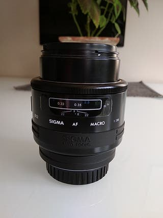 OBJETIVO SIGMA 90mm f2.8 para SONY montura A