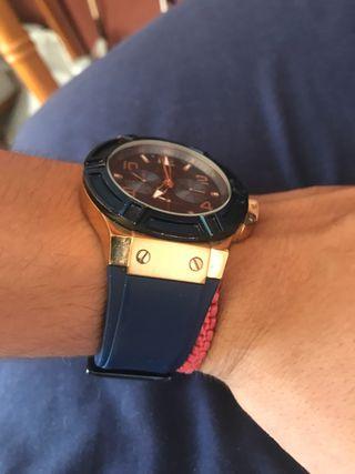 Permuto cadena de oro más reloj guess