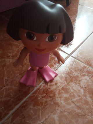 muñeca juguetes dora