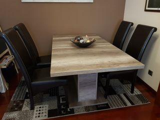 Mesa de comedor madera maciza extensible +4 sillas