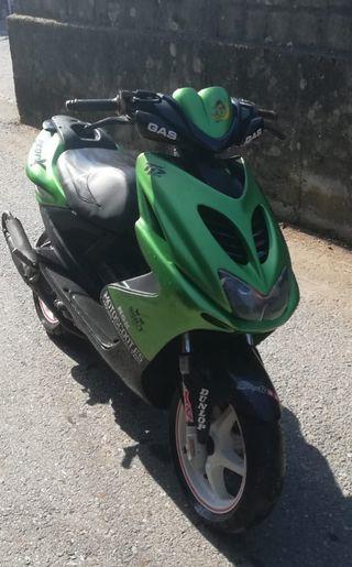 Yamaha aerox 50c.c
