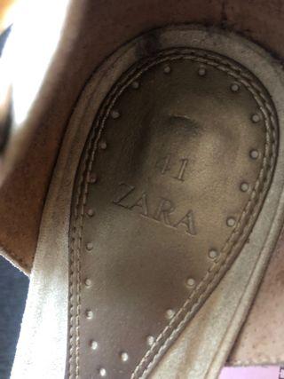 Zapatos 41 tacón , ante beige Zara