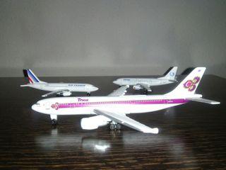 Aviones de metal (3)