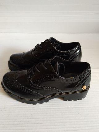 Zapatos Para Niños De Vestir De Segunda Mano En Coslada En
