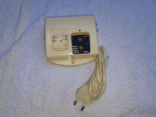 Generador de señal UHF. Antena coaxial.