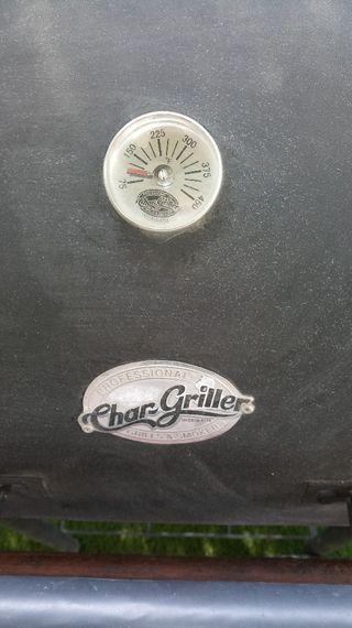 Barbacoa Char Griller carbón y leña