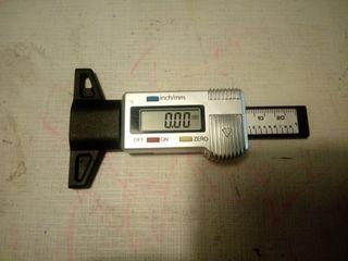 Medidor calibre profundidad ruedas