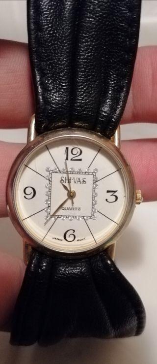Reloj pulsera cuero