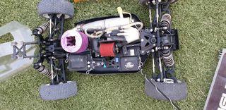 Dos coches radiocontrol losi 8 2.0 eu 1/8 4x4