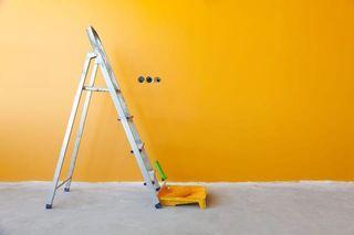 Pintor-curacion de grietas-humedades
