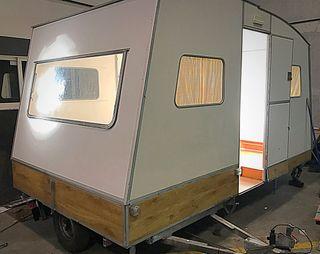 Caravana plegable rápido conformatic restaurada